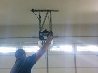 Chain Drive Garage Door Opener
